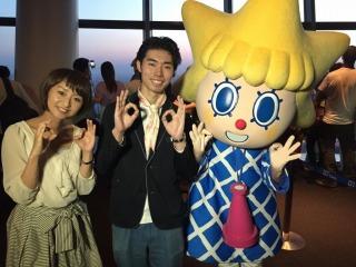 スカイツリー展望スタッフ澤田さんと公式キャラクターソラカラちゃん。ありがとうございました。