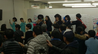 「新幹線に乗っちゃって」ダンス!