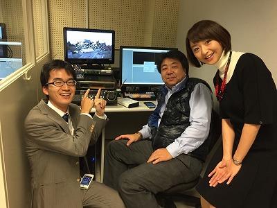 (左から)ディレクターの竹島紀博記者、カメラマンで編集の小林春彦さん