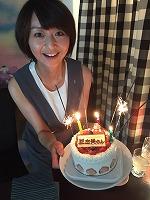 ケーキに大喜び!! ありがとうございます。