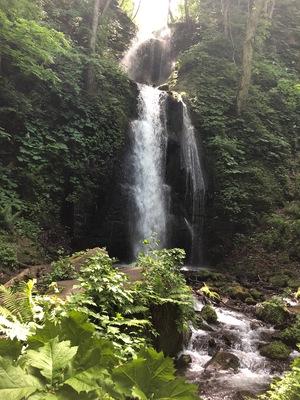 滝25メートル